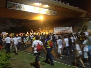 Protesto em Cuiabá tem pauta difusa